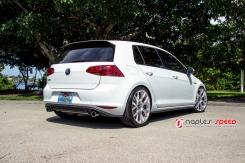 Volkswagen GTI on VMR V810 Flow Formed