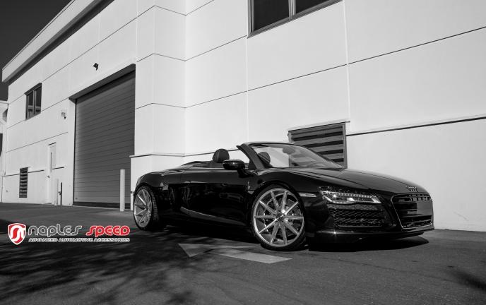 Audi R8 Spyder with Vossen VFS-1
