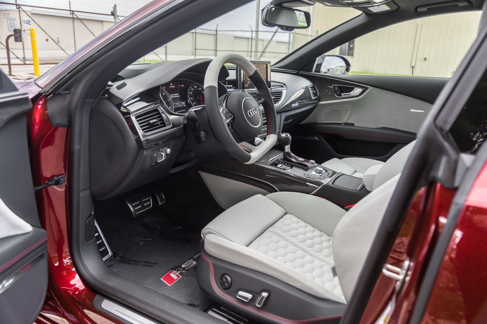 Audi Exclusive 2017 Rs7 In Rubino Red Advanced